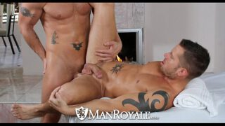 ManRoyale – Shane Frosts swallows big load from Jeremy Stevens YedGayxxx